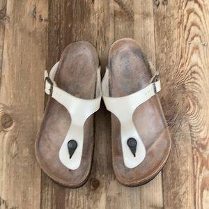 Birkenstock Gizeh Washed Metallic Cream Sandals